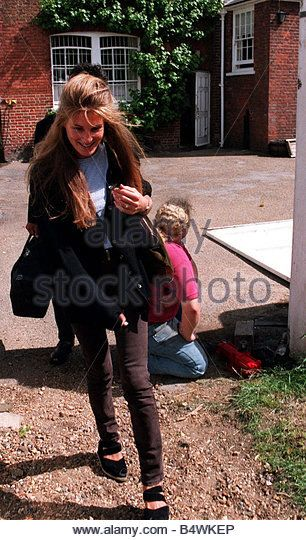 jemima goldsmith | Jemima Goldsmith Wife Of Imran Khan Leaves Her Parents House In Stock ...