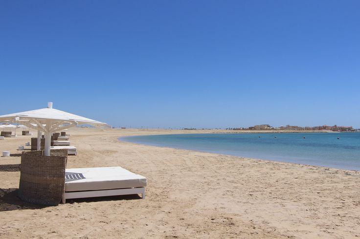 Beach-Check in Soma Bay, Ägypten – gefunden bei Away, dem Magazin von HolidayCheck.