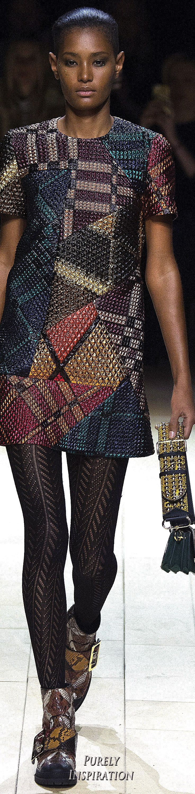 Burberry FW2016 Women's Fashion RTW | Purely Inspiration