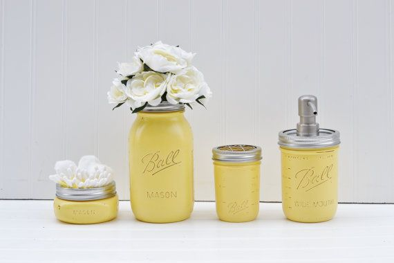 Mason jar bathroom set mason jar soap dispenser for Bathroom decor mason jars