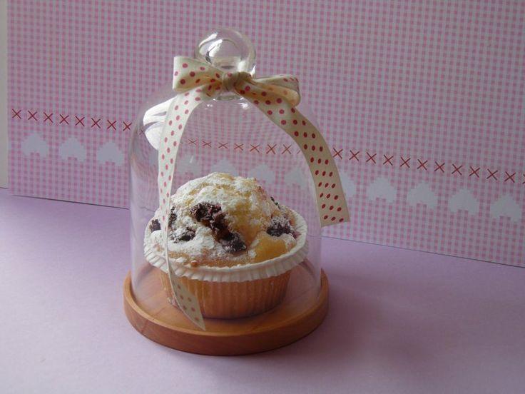 Glashaube, für Cup Cake, Kuchenteller, Käseglocke von kleiner-holzladen auf DaWanda.com
