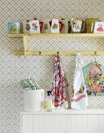 kitcshy done right.Decor, Kitchens Shelves, Vintage Kitchens, Style, Vintage Wardrobe, Vintage Laundry, Kitchens Ideas, Laundry Rooms, Vintage Linen