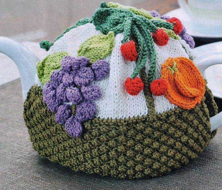 HOMELY TUTTI FRUITY SUMMER CUTE TEAPOT COSY 18 CMS TALL COTTON KNITTING PATTERN