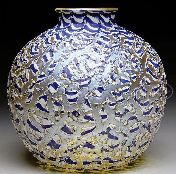 Durand Glass; Vase, Moorish Crackle, White/Blue Hues, Platinum Iridescence, 10 inch.