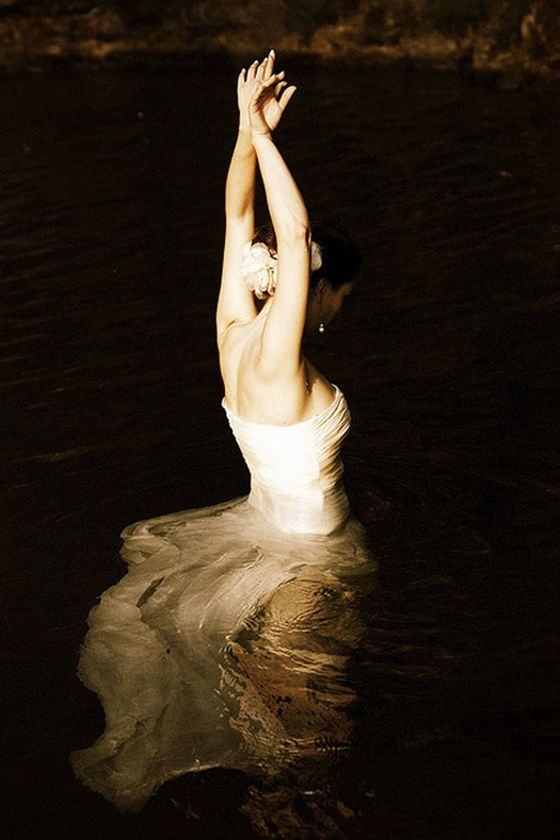 One of the most beautiful dancing photos I have ever seen. Ballerina by LeoHorta.