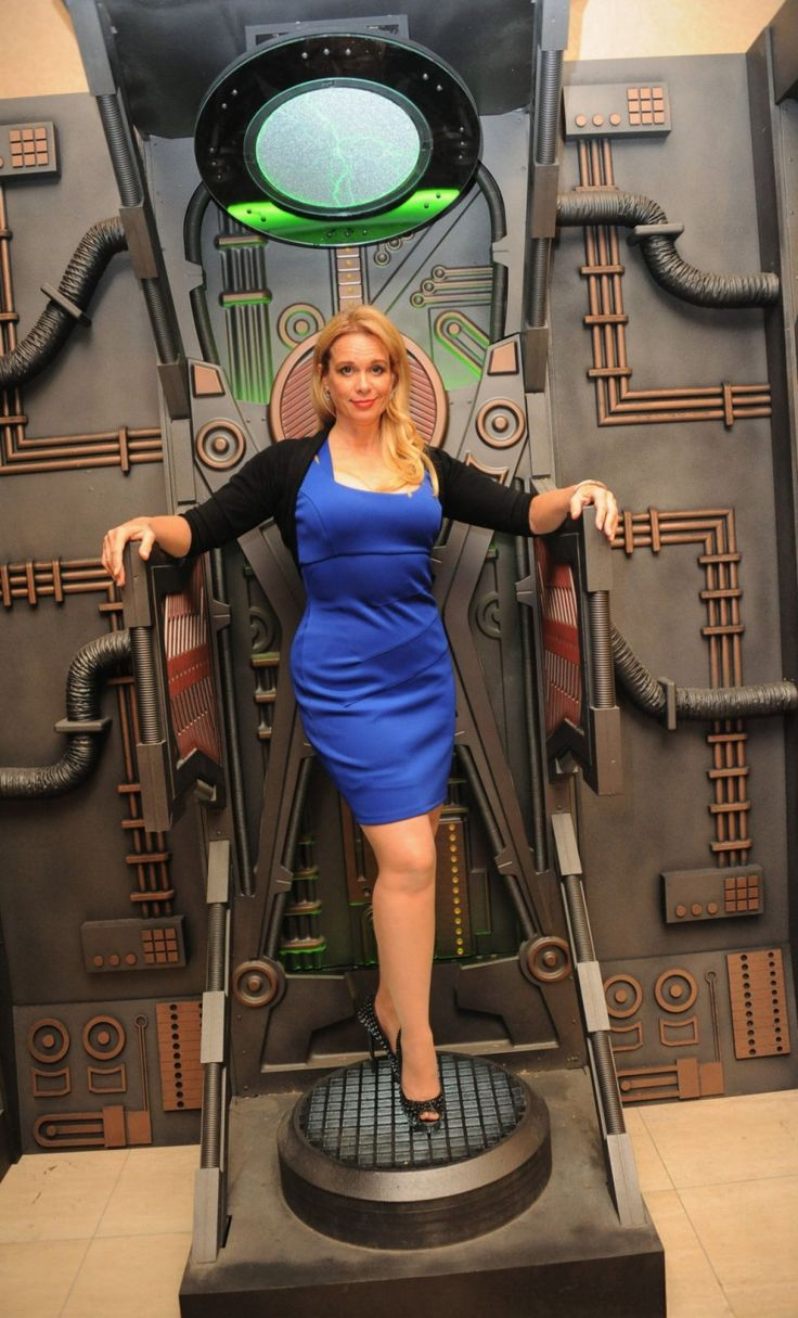 chase-masterson-14th-annual-official-star-trek-convention-in-las-vegas_1.jpg 1280×2114 pixels
