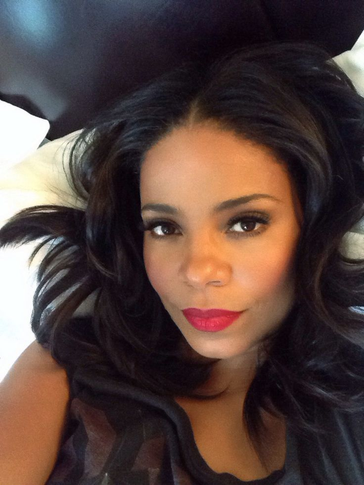 Sanaa Lathan - Inspiration for Peyton Deveraux REVEALED, Oct 27, 2015