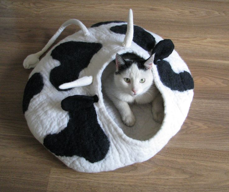 Moo!! house – cat bed, cat house, cat cave felted, pet bed, grey house, wool cat house, cow pattern, by GDFactoryPL on Etsy