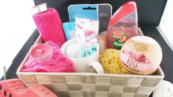 Popular+Pamper+Spa+Hamper+Beauty+Basket, £12.99