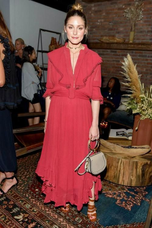 Olivia Palermo wearing Chloe Nile Bag, Adornmonde Powell Gold Brass Ball Choker and The2bandits Cosmic Highway Necklace