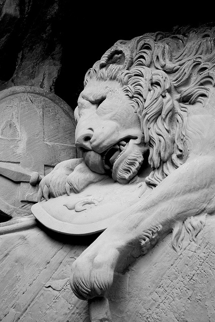 Lion of Lucerne, via Flickr.   the most heartbreaking, mournful and romantic sculpture I've ever...
