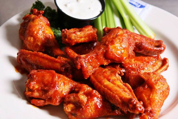 How about having a Spicy Affair by relishing on yummy Spicy Chicken with chilly sauce.Order here:http://goo.gl/nCpbvZ