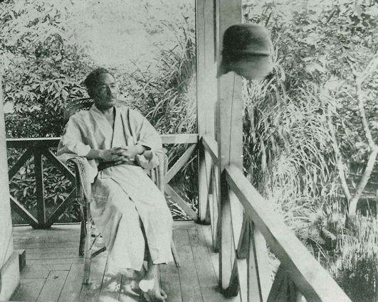 Natsume Sôseki / 夏目漱石肖像(早稲田南町の漱石山房にて 大正3年2月)