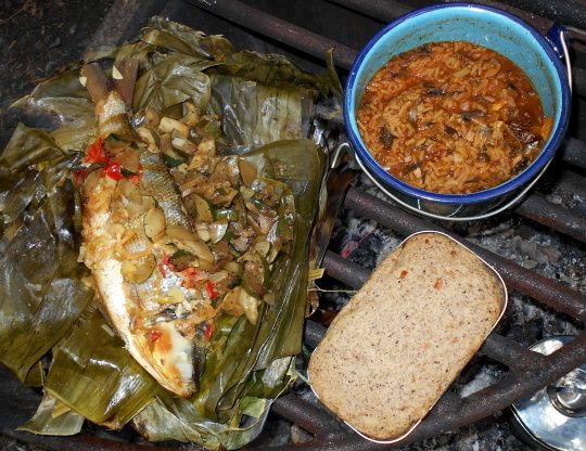 Baked Fish Wrapped in Banana Leaves