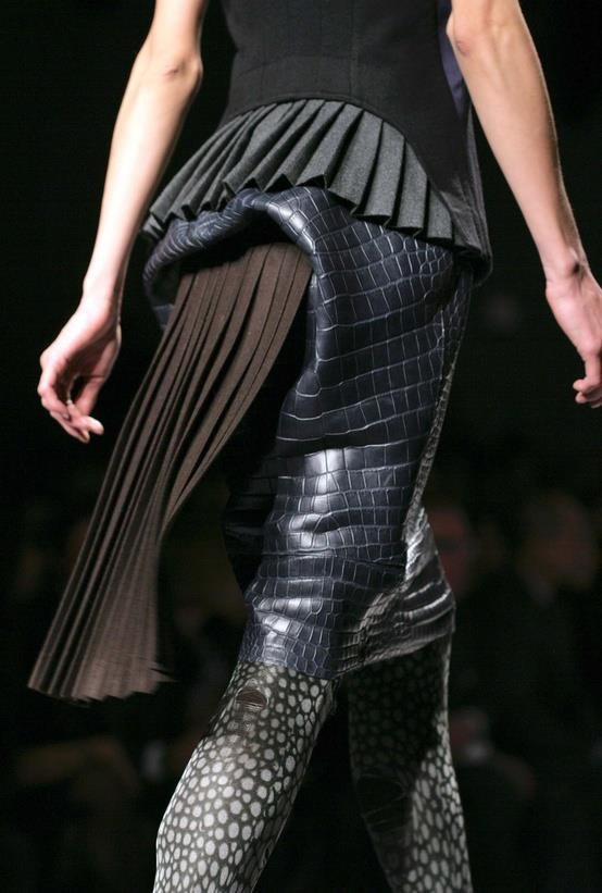 FENDI Fall Winter 2012-13.  Be chic and eccentric this season with a galuchat printed top, a classic plissé skirt and a very feminine belt to shape your look