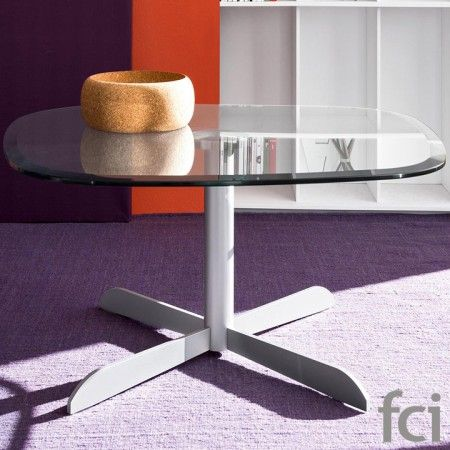 Sassi Square #CoffeeTable with Metal Base by #Calligaris starting from £414. Showroom open 7 days a week. #moderncoffeetables #modernfurniture #calligaris_coffeetables #coffeetable_london #stylish_coffeetables #furniture_showroom_london #furniture_stores_london