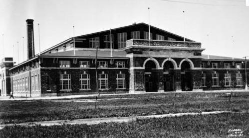 Le petit Colisée (Pavillon de la Jeunesse) en 1931. Source : Archives de la Ville de Québec.