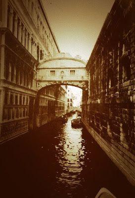 Popkulttuuria ja undergroundia: Kansallisteatterin Kuolema Venetsiassa ennakko oli intensiivinen kauhukokemus
