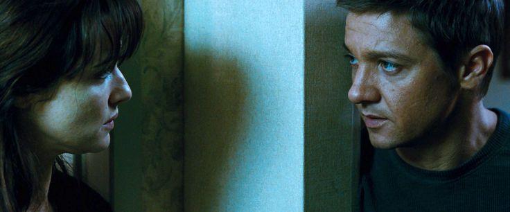 Aaron & Marta - Jeremy Renner & Rachel Weisz | The Bourne ...