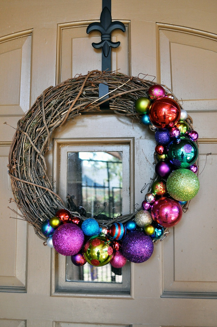 Twig wreath with colourful baubles!