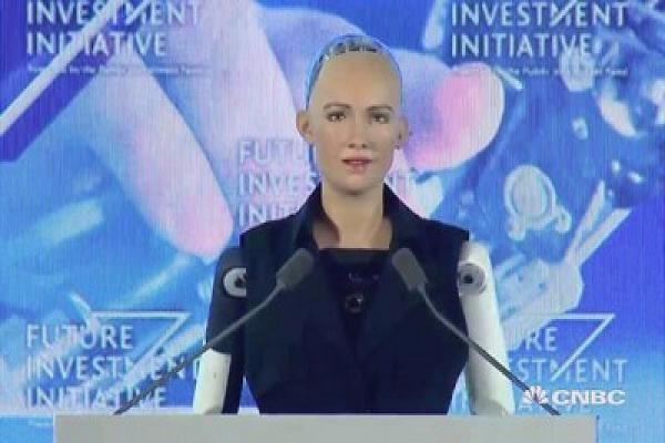 CNBC's Andrew Ross Sorkin interviews Sophia, a humanoid robot, about the future of artificial intelligence at a Future Investment Institute panel in Saudi Arabia on Wednesday.
