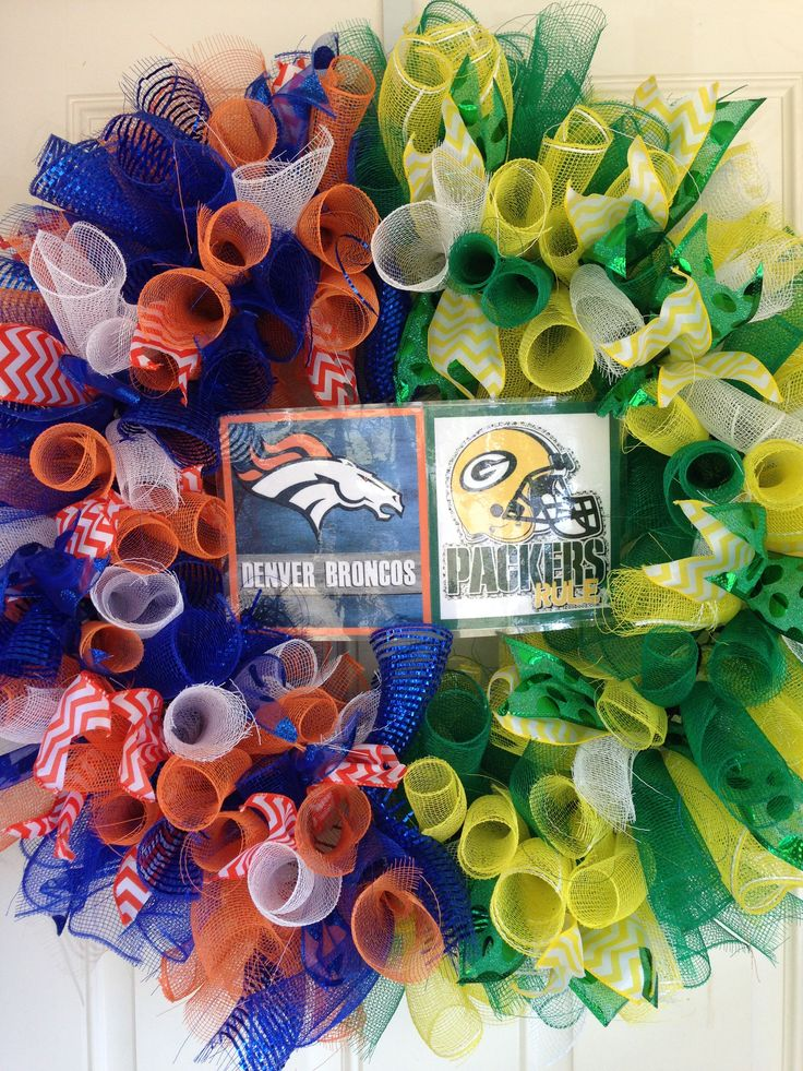 Denver Broncos / Green Bay Packers wreath