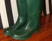 Vintage Huntress Wellies Rain Boots Green with Buckles Made in Scotland British Rubber Rainboots