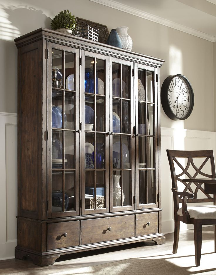 Trisha yearwood dining room monticello dining room curio for Dining room 209 main monticello