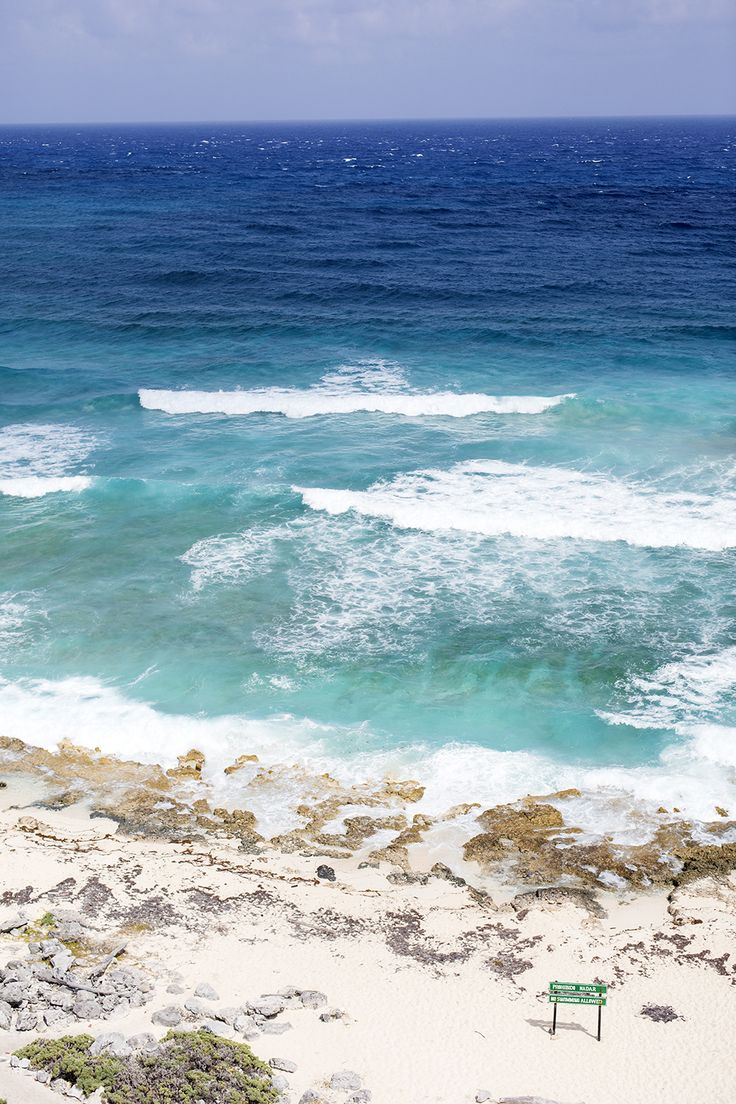 For a spectacular panoramic view of Cozumel, climb 134 steps up Faro Celarain, the historic celarian lighthouse!
