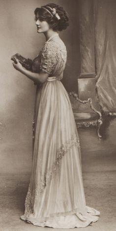 Vintage 1900s Tea Gown