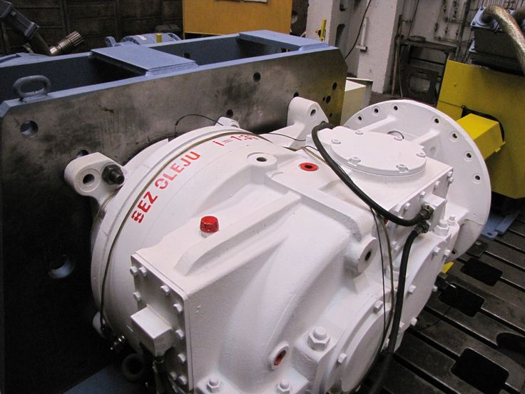 Close look at the MARAT Industrial Gearbox