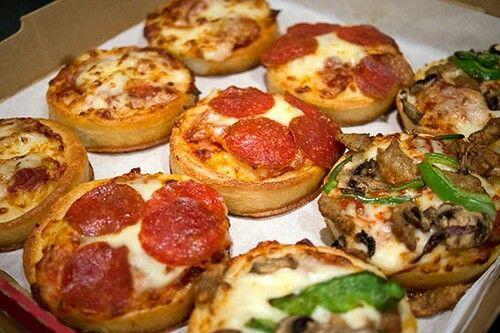 Pizz Hut mini pizzas