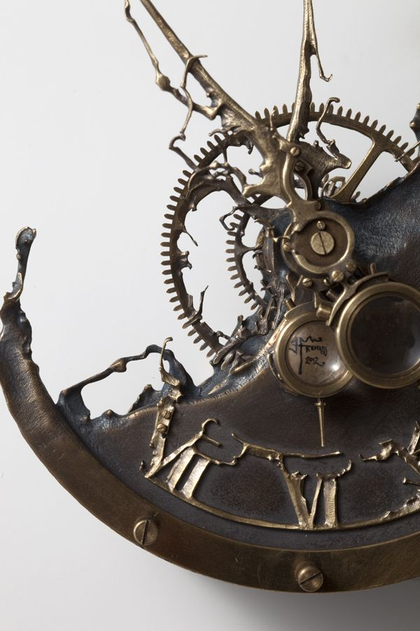 The Artist may not want to call this Steam Punk, its awesome and true to the real Steam Punk aesthetic, when 99.9% of stuff called Steam Punk is not.  by Eric Freitas