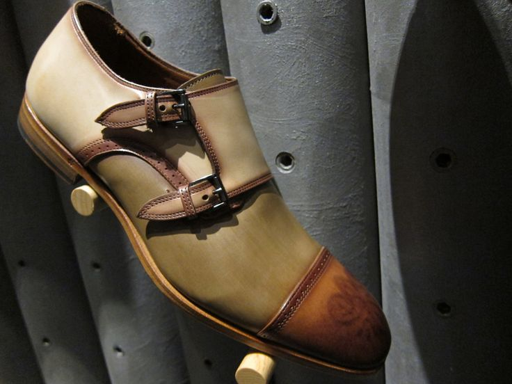 Araldi1930- artisan handcrafted leather 16 #Aim2Win