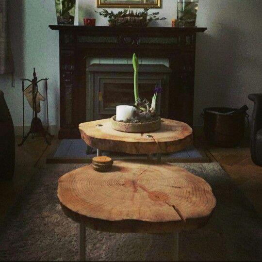 Mooie foto's ontvangen, thanks ❤  Boomstam tafel 2.0 multifunctioneel (salontafels, maar ook op te stapelen als keuken trolley met 3 lagen)  #boomstamtafel #salontafel #boomstamtrolly  Www.creativeopen.nl