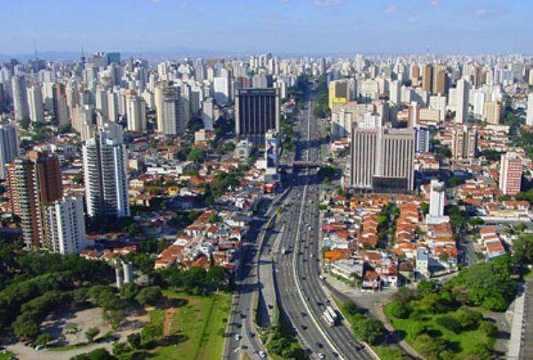 معلومات عن البرازيل جميلة وممتعة عن الاقتصاد والرياضة والسكان San Francisco Skyline Skyline San
