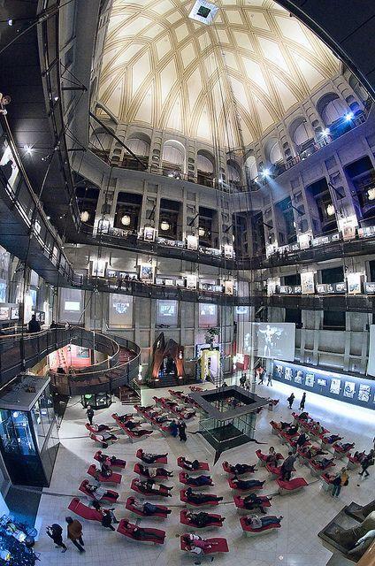 Visita guidata del Museo del Cinema e breve tour sulla storia del Cinema a Torino.