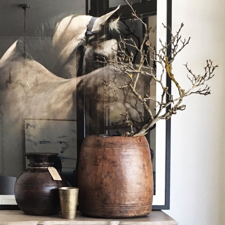A stunning capture of our favourite Chestnut Steed Print sitting pretty here at High Street Trading Co. Strathalbyn, styled with some beautiful one off pieces from India. #highstrading #fleurieupeninsula #interiorstyling #equine #horseprint #lassicup #adelaidehills #homewarestore #retaildisplay #artwork #furniture #strathalbyn