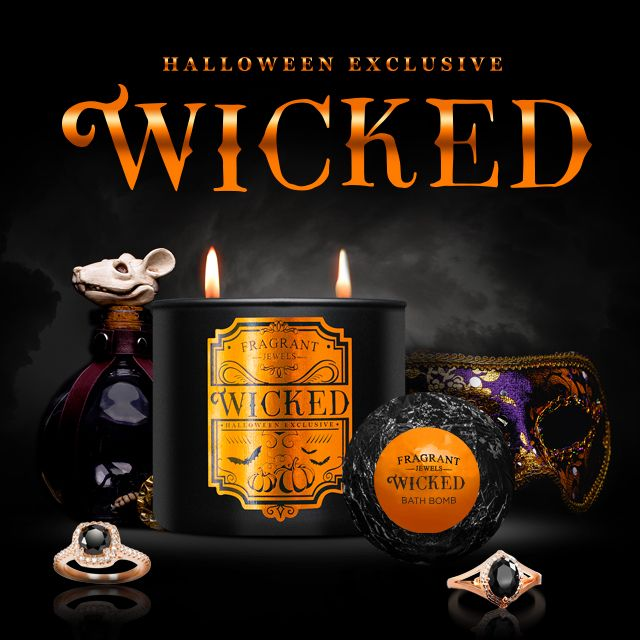 One of the fastest selling Halloween gifts of 2016! This candle and bath bomb bundle rewards two art deco style rose gold plated rings! These have already sold out once, and who knows if it'll come back when it sells out again!