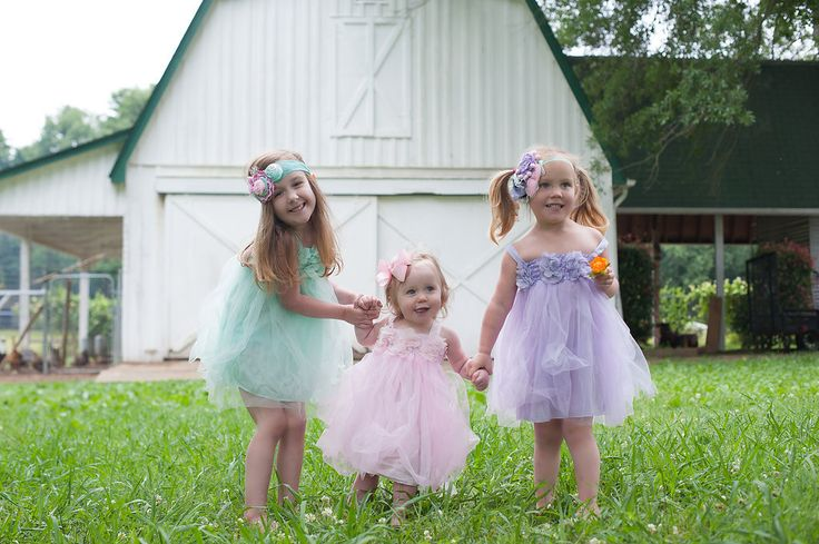 Perfect little party dress! Stretchy upper bodice makes it comfortable to wear. Photos by: http://www.taisleywestonphotography.com/