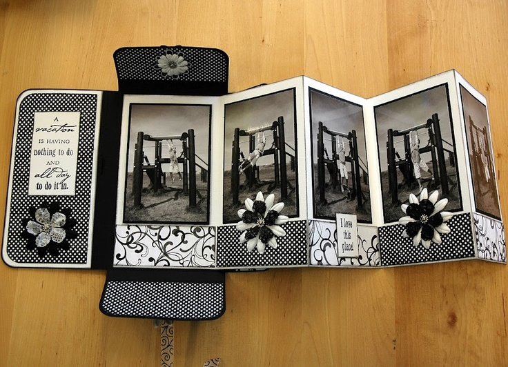 ♥ Accordian fold booklet