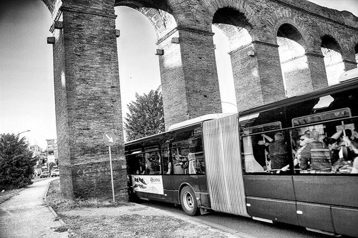 Repubblica Roma è anche su   Facebook   e   Twitter         La tangenziale est, le opere di street art dedicate a Pasolini, ma anche il campo rom Gordiani e il trenino Giardinetti, fino ai cantieri della metro C, la chiesa del 2000 e l'acquedotto di Centocelle. C'è tutto il