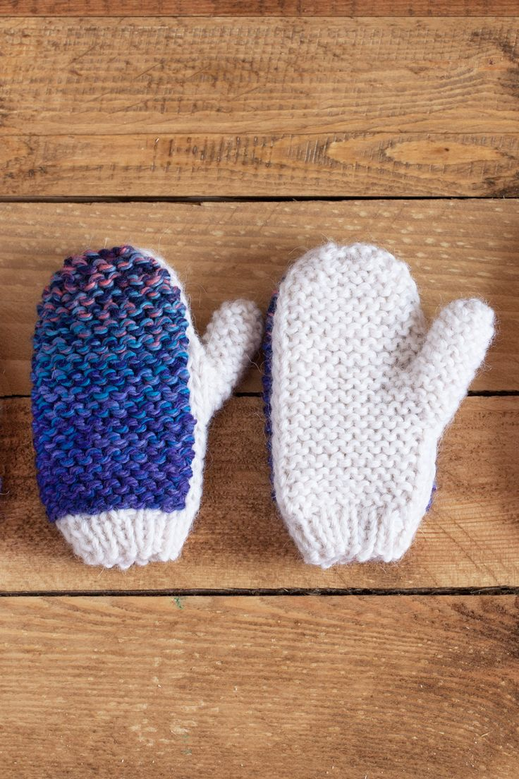 Lawina Kids mittens. Very soft yarn: alpaca 55%, merino wool 45% http://lawinaknit.com/