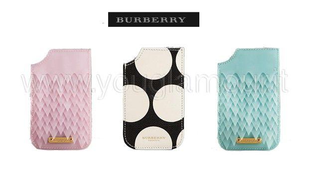 Burberry presenta la nuova collezione di custodie per iPhone
