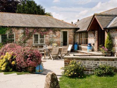 Manor Farm - Manor Farm Barn (ref DPU) in Dewlish, near Dorchester, Dorset | cottages.com