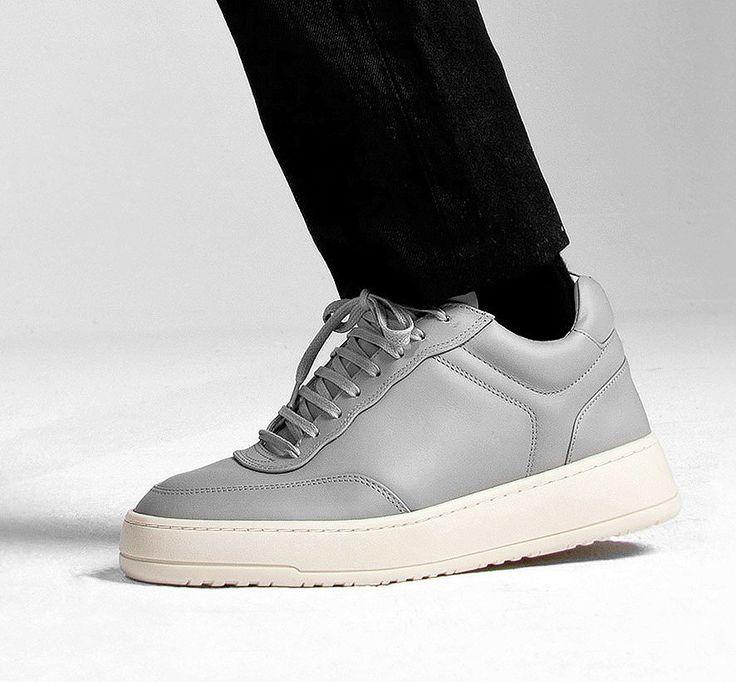 Neue Sneaker-Modelle bei ETQ Amsterdam gesichtet. Hier entdecken und  shoppen: http:
