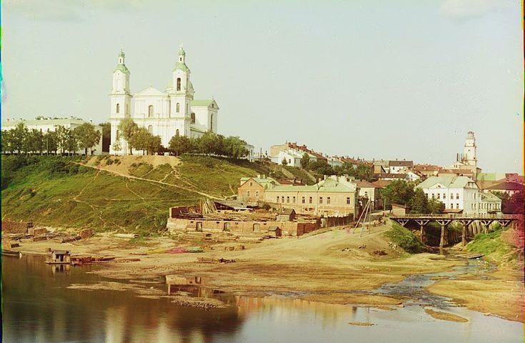 Где еще как не на сайте Библиотеки Конгресса США увидеть старые фотографии Беларуси. Приятного просмотра: Originally posted by maxim_nm at Беларусь на цветных снимках 1912 года.…