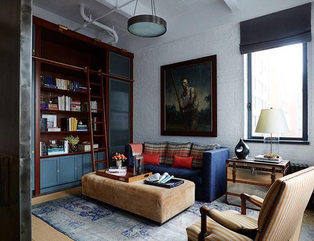 Mavi tonlarda şık ve güzel bir oturma odası #dekorasyon #dekorasyonfikirleri #dekorasyonönerisi #dekorasyonönerileri #dekorasyononerisi #oturmaodası #oturmaodasi #marifetix #marifetix.com #evdekorasyon