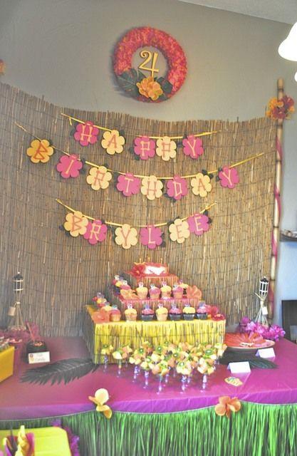 "Photo 19 of 23: Hawaiian Luau / Birthday ""Brylee's Birthday Luau""   Catch My Party"