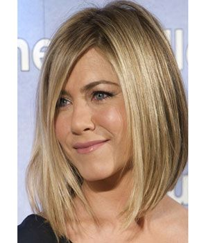 """Allure Exclusive! The Secrets Behind Jennifer Aniston's New 'Do: Chris McMillan Tells All!: Daily Beauty Reporter : I'm not one of those """"just a trim"""" types of girls. I love a real haircut—a juicy change, a major chop, something noticeable. So I was psyched to see Jennifer Aniston lose her long, beachy layers for a crisp, angular..."""